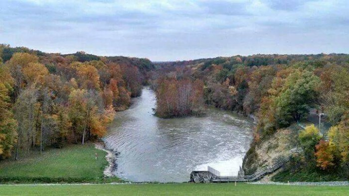 5. Angie Metzger sent me a picture of the leaves changing at the Salamonie Reservoir last year. So pretty!