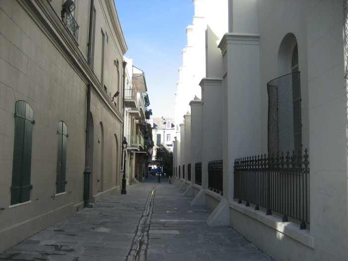 1) New Orleans – Pirates Alley