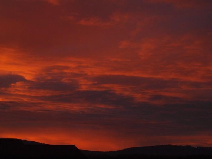 11) Gina Richards Hobbs and her bleeding sunset - INSANE.
