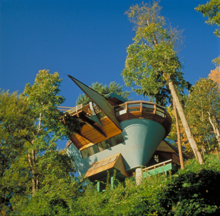 1) Elk Rock Road Residence