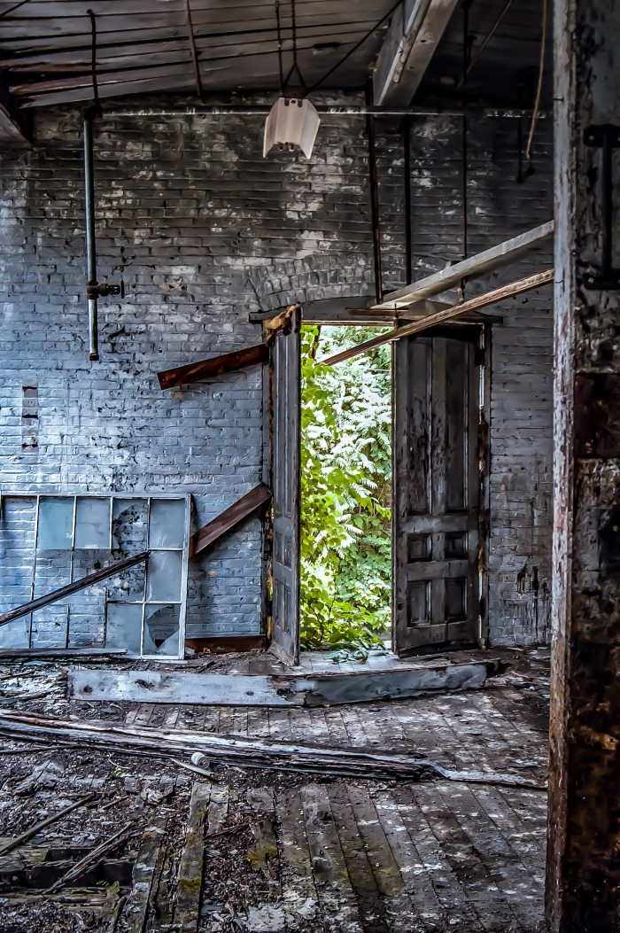 3. Trey Walker sent me two pictures of an abandoned factory with some abandoned arcade games inside of it. How neat!