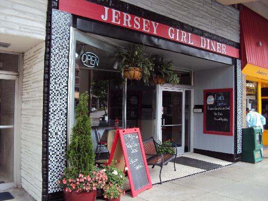 7) Jersey Girl Diner - Morristown