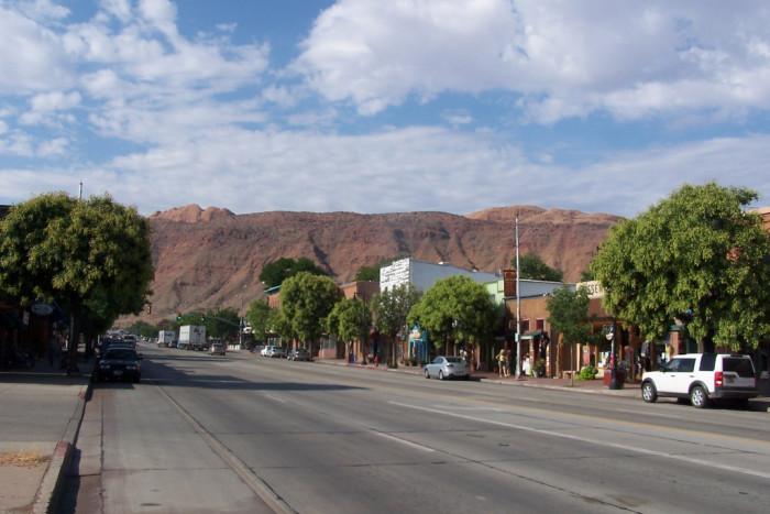 13) Moab
