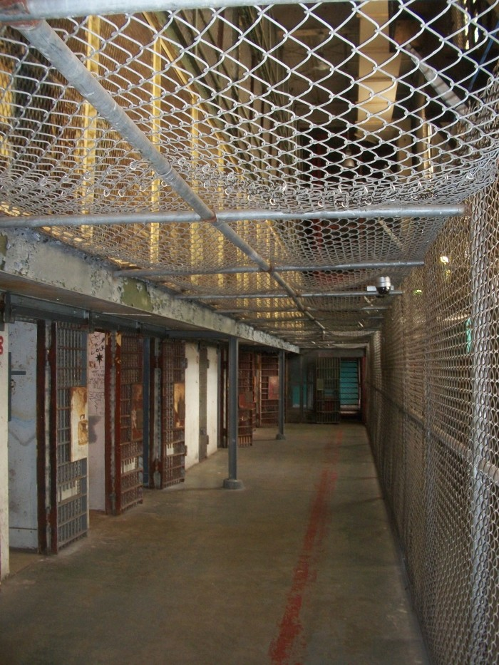 1. A botched execution ended public hangings at the state's penitentiary.
