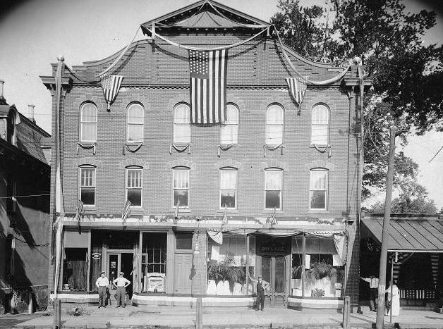 The Newton Hardware House in Newton was looking patriotic back in 1915.