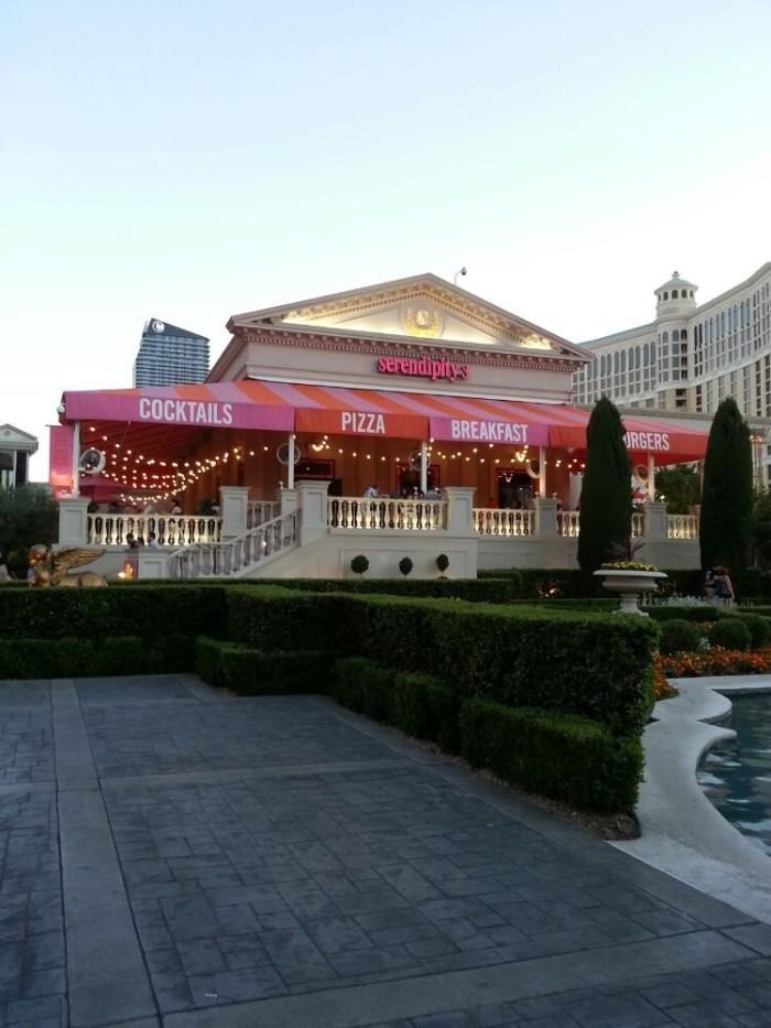 1. Frrrozen Hot Chocolate - Serendipity 3 / Las Vegas