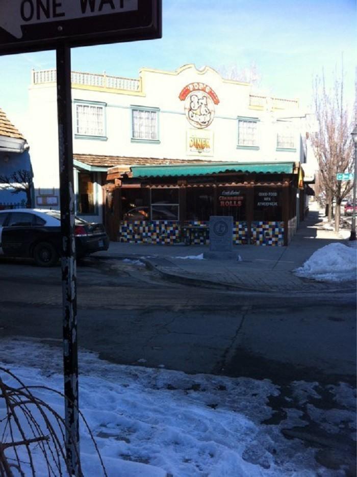 2. Mom & Pop's Diner - Carson City, NV