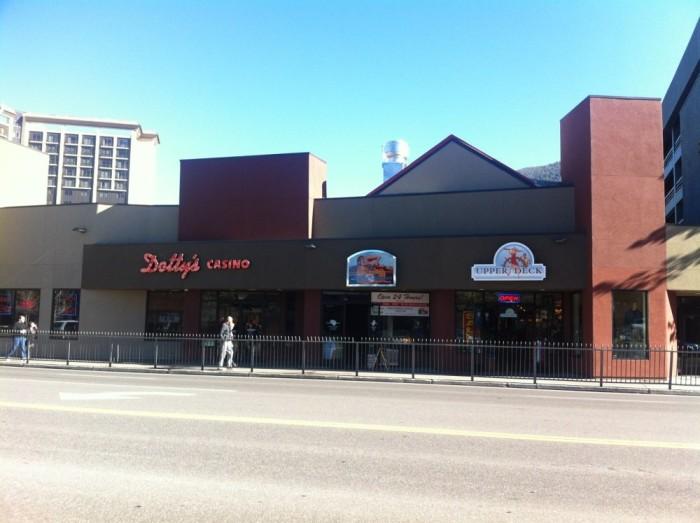 10. Lucky Beaver Bar & Burger - Stateline, NV