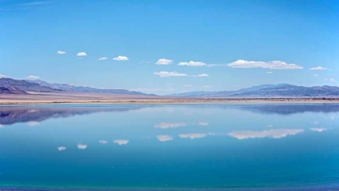 3. A breathtaking shot of Walker Lake.