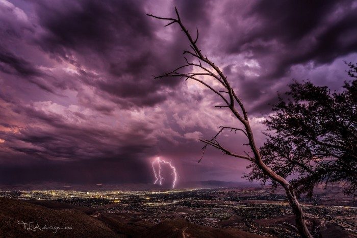 2. An INCREDIBLE lightning view over Reno.