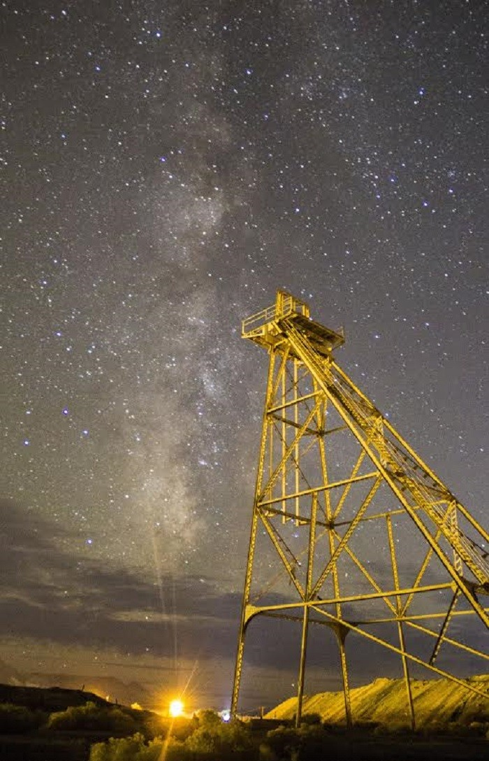12. This magical starry sky view was captured in Tonopah, Nevada.