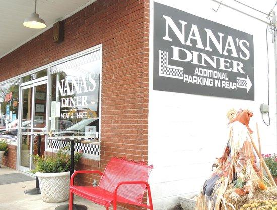 5) Nana's Diner - Nolensville