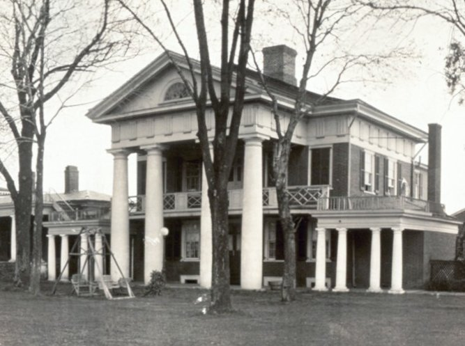 3. Pavilion X on the University of Virginia Lawn, 1911.