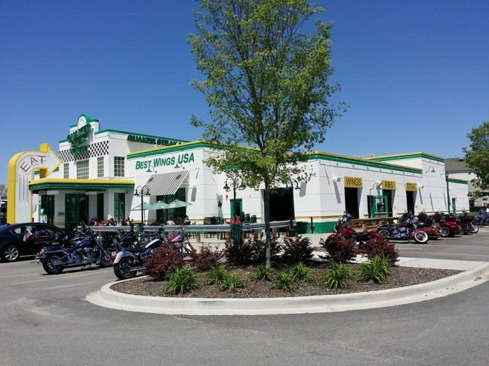 10. Quaker Steak and Lube - Atomic Wing Challenge - 941 Spears Creek Court, Columbia