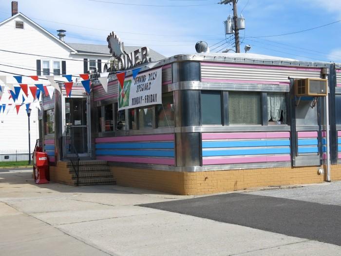 9. Salem Oak Diner, Salem