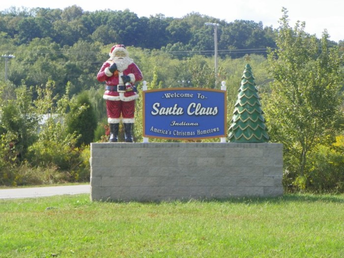 """2. Did you know Santa Claus, Indiana receives more than half a million """"Dear Santa"""" letters every year around Christmas time?"""