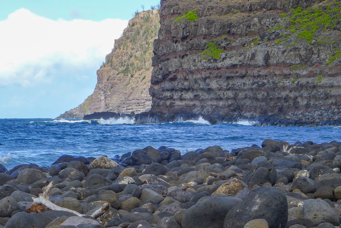12) Speaking of Kalaupapa, the area is home to the tallest sea cliffs in the world, boasting heights of up to 1,010 meters.