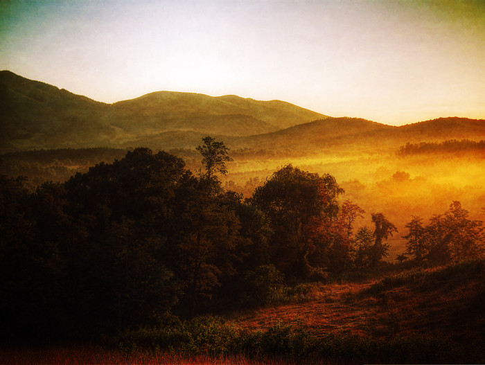 18. When sunset turns the landscape into a painting…