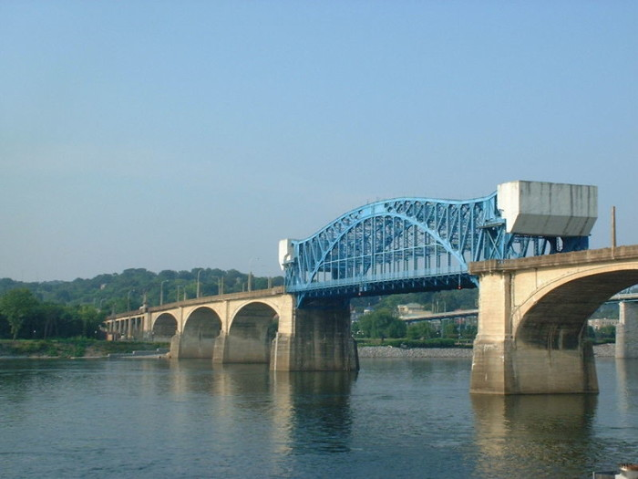 4) Tennessee River
