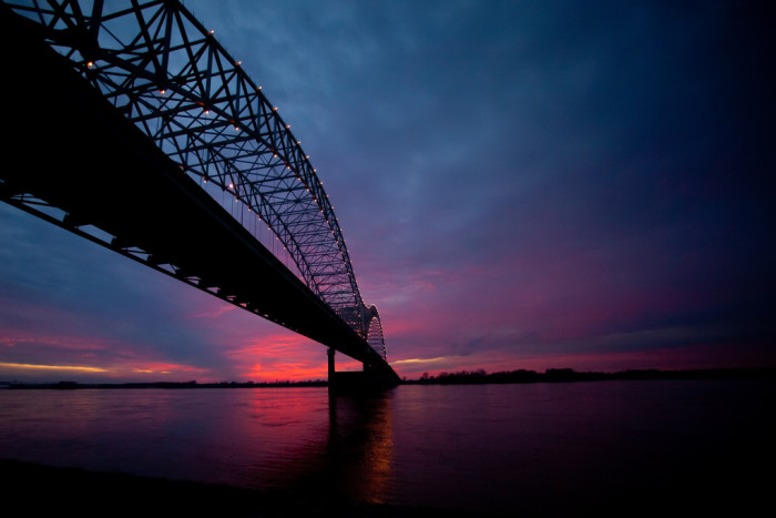 4) The blues and purples over the Mississippi are stunning!