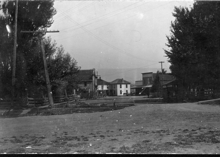 10. Here was the tiny town of Thorp in 1915!