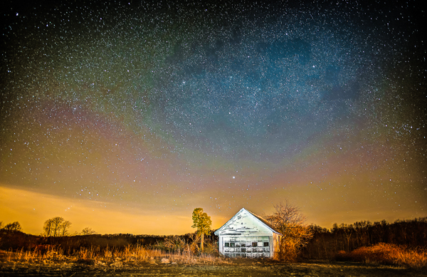 8. A wide aperture lens helped Poliana DeVane capture this breathtaking night sky.