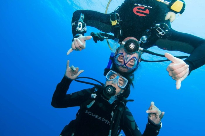 2. Take the plunge and learn to scuba dive!