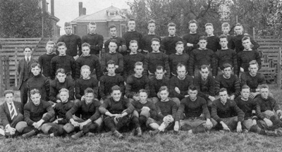 1) Here's a peek at the Vandy Commodores, class of 1915