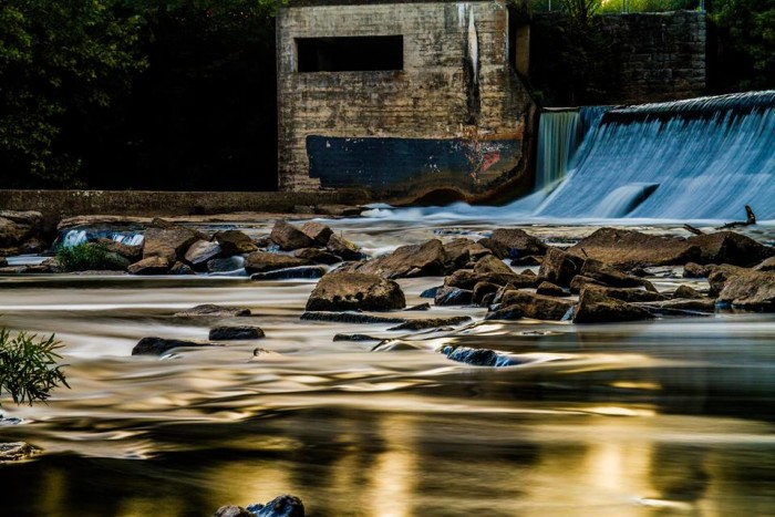2) Plus, Hill rounds us out at #2 with Walter Hill Dam. How sick is this shot?!