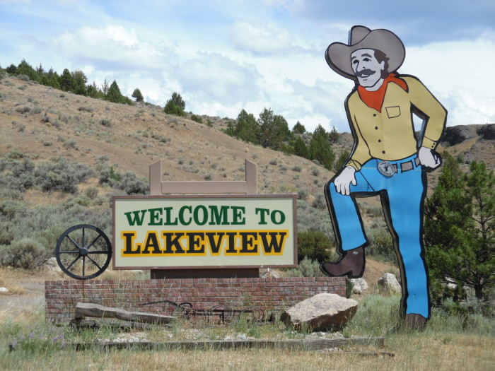 9) Lakeview