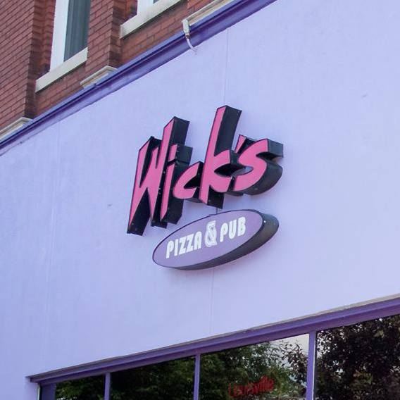 8. Wick's Pizza