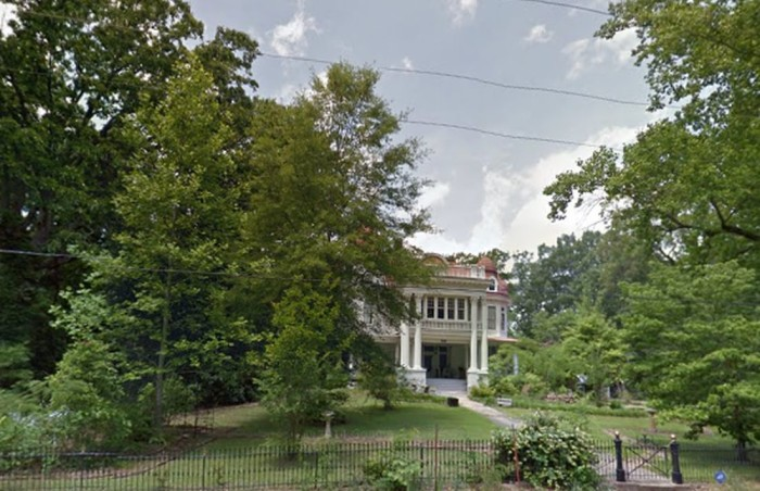 3. The young girl at the Allen House in Monticello would like some visitors, if you please.