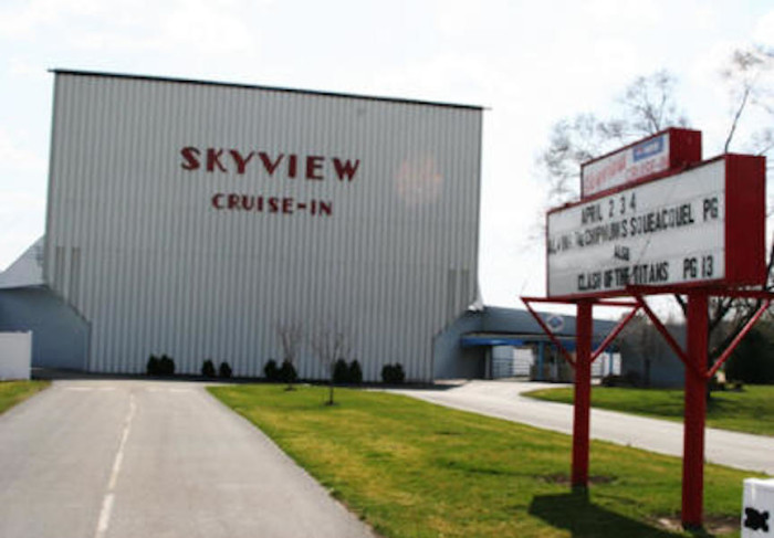 2. Skyview Cruise-In (Lancaster)