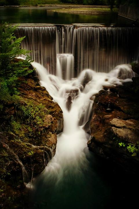 13) Cindee Lee Photographee captured these ribbon-like falls in Pawlet in such an elegant way.