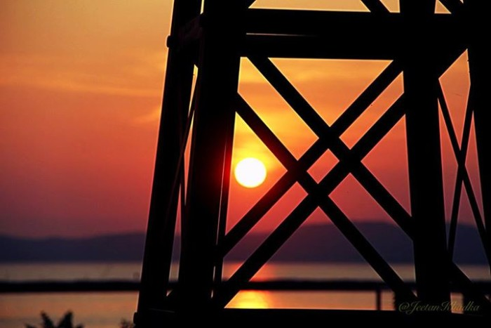 1) Jeetan Khadka captured this mindblowing sunset at the Burlington Waterfront.