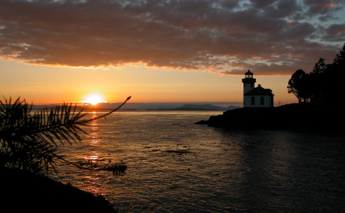 4. A romantic sunset near Lime Kiln Lighthouse, which overlooks Dead Man's Bay on the western side of San Juan Island.