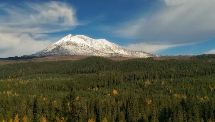 4. Lori Yates shared this beautiful sight of Mount Adams.