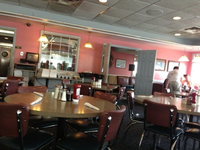 2. Mountain View Diner in Charles Town