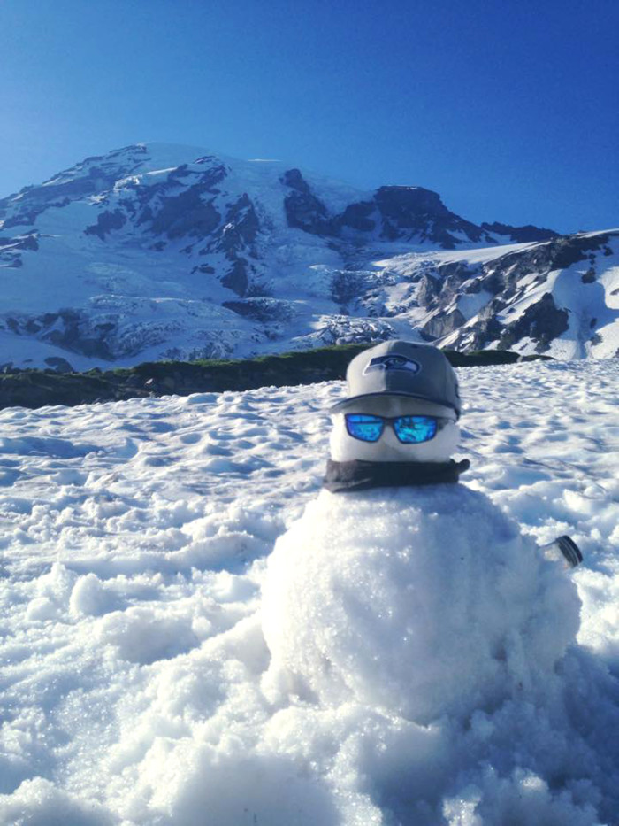 7. Coolest picture ever, right? Thanks to Andres Perez for sharing the moment with us from Mount Rainier National Park!
