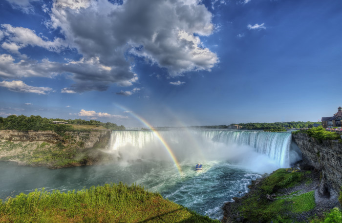 16. And, of course, this list wouldn't be complete without Niagara Falls.