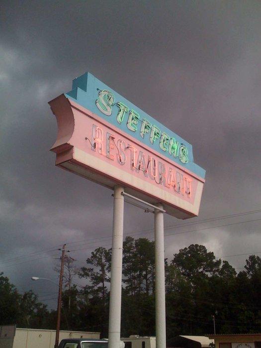 9. Steffens Restaurant - 550 S Lee St, Kingsland, GA 31548