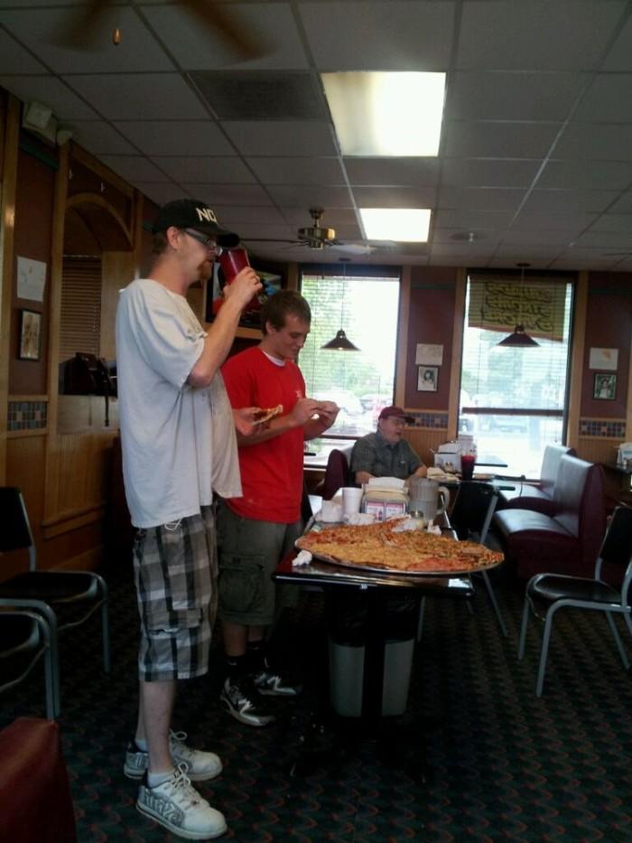 1. Monroe County Pizza: The Big Ten Pounder Challenge