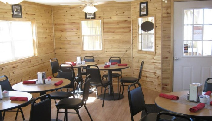 4. Skye's Diner: 14277 NE Dillan Ln, Fletcher, OK 73541