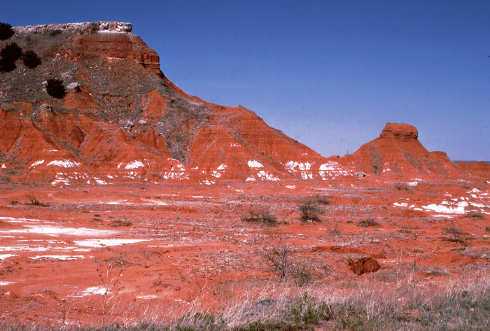 5. Gloss Mountains: Fairview