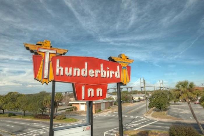 10. Thunderbird Inn - 611 W Oglethorpe Ave, Savannah, GA 31401