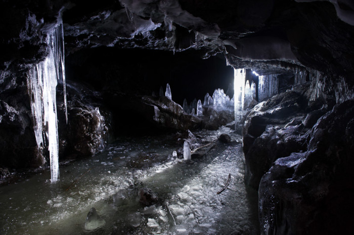 trout-lake-caves-27