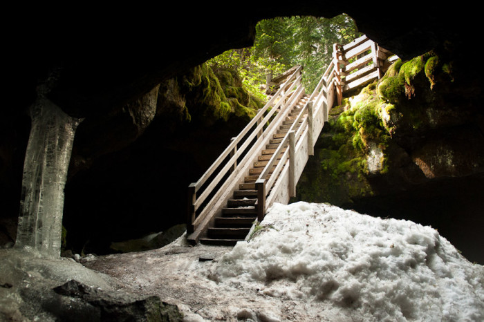 trout-lake-caves-32