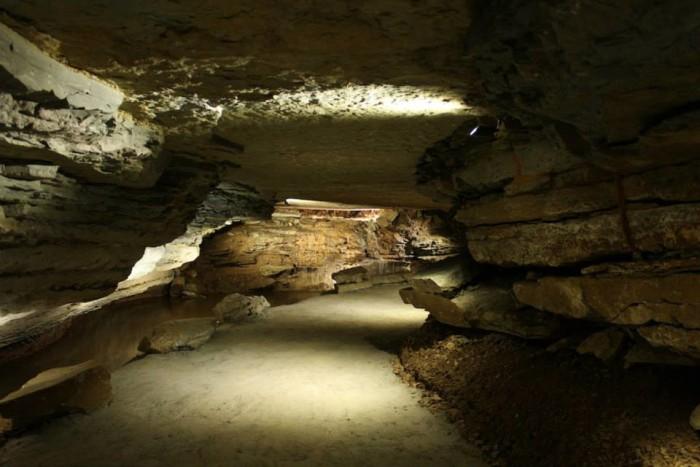 2. War Eagle Cave