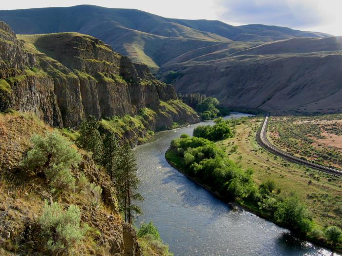 14. Yakima River
