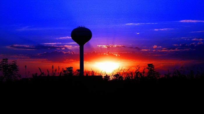 7. I don't think I've ever seen a water tower look as beautiful as this one down in Hillcrest.